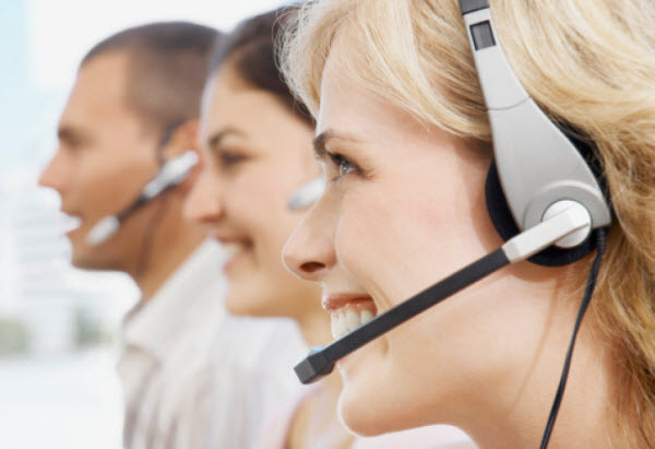 5 Essential Customer Service Channels – Pros and Cons