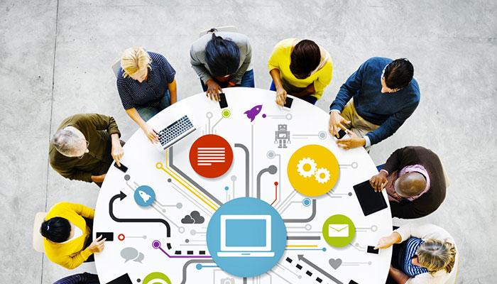 Hãy tìm ra phương hướng phát triển mạng xã hội trước khi làm.