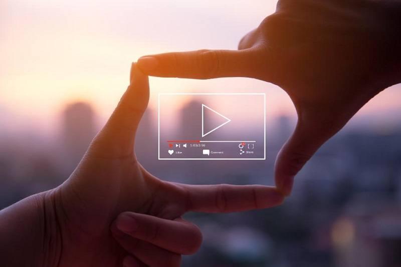 Đánh giá dưới dạng video